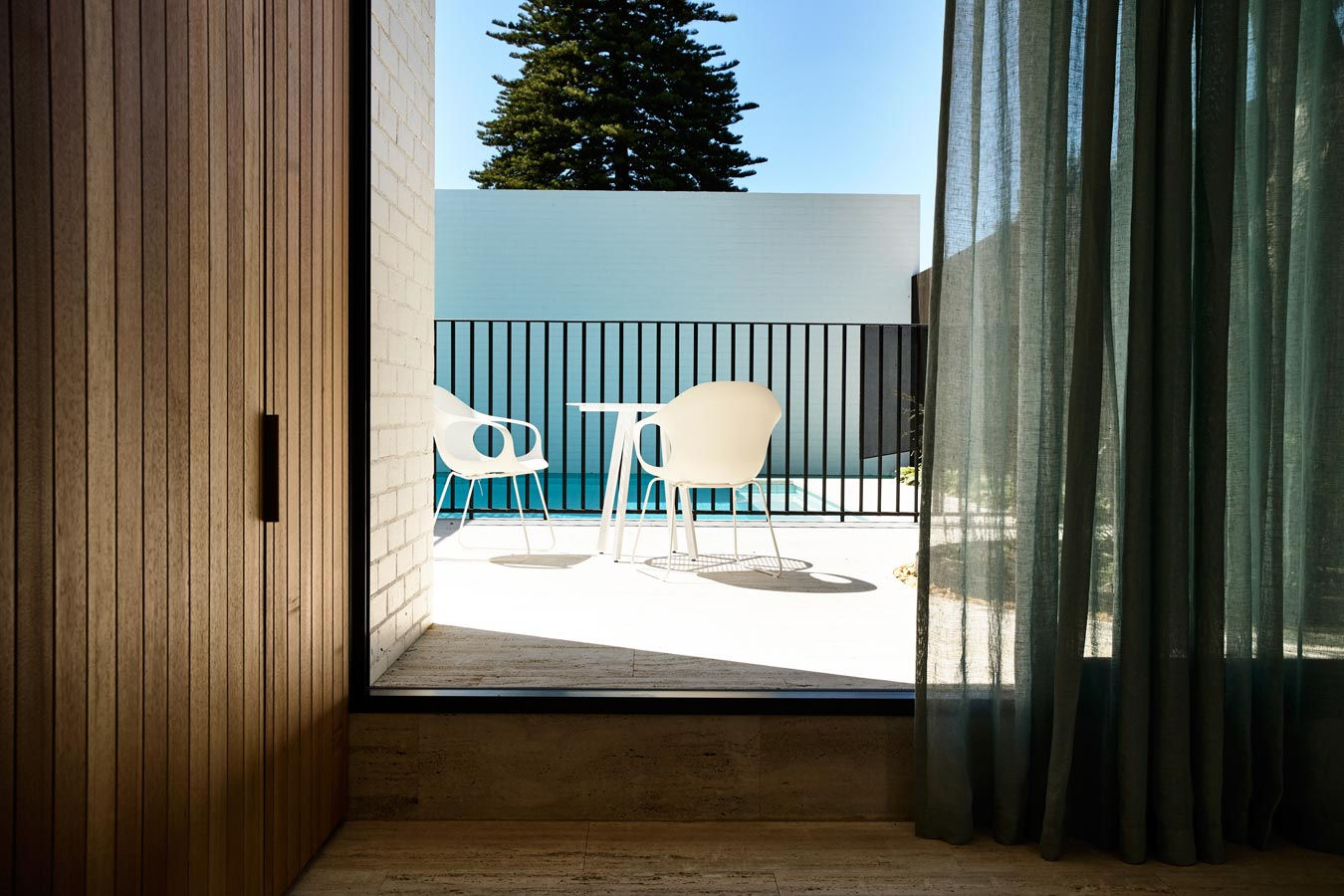 Overend Constructions, Belmont House, timber, sheer curtains, pool view