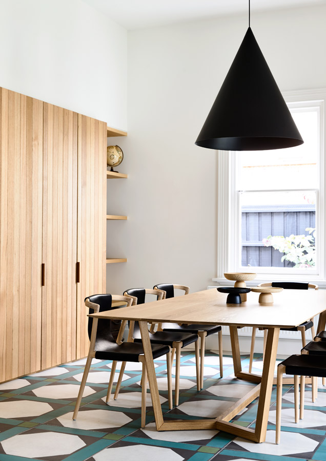 Overend Constructions,Belmont House, dining room, tiles-timber-lighting feature