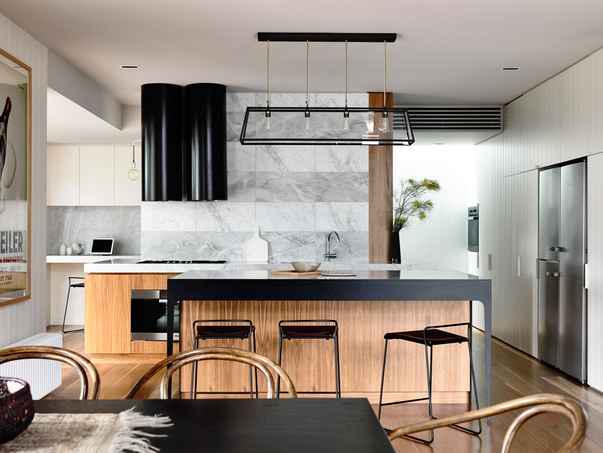 Overend Constructions, Kew II, Kennedy Nolan, kitchen, timber joinery, marble, black steel