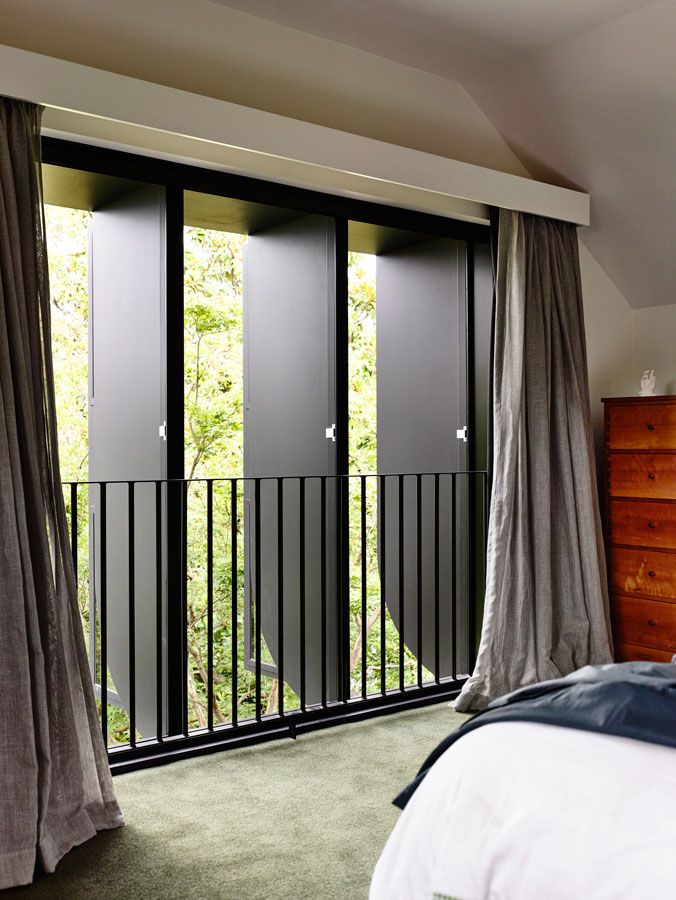 Overend Constructions Kew II, Kennedy Nolan, bedroom, view through windows, black steel reveals