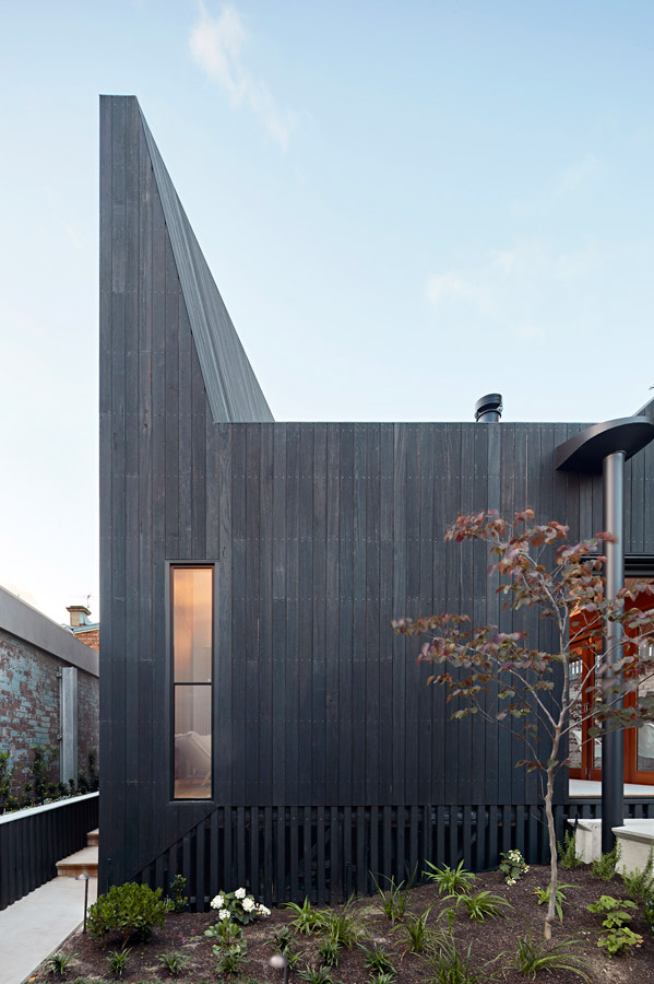 Overend Constructions, Hatherlie, feature exterior profile, timber cladding, Andrew Simpson Architects