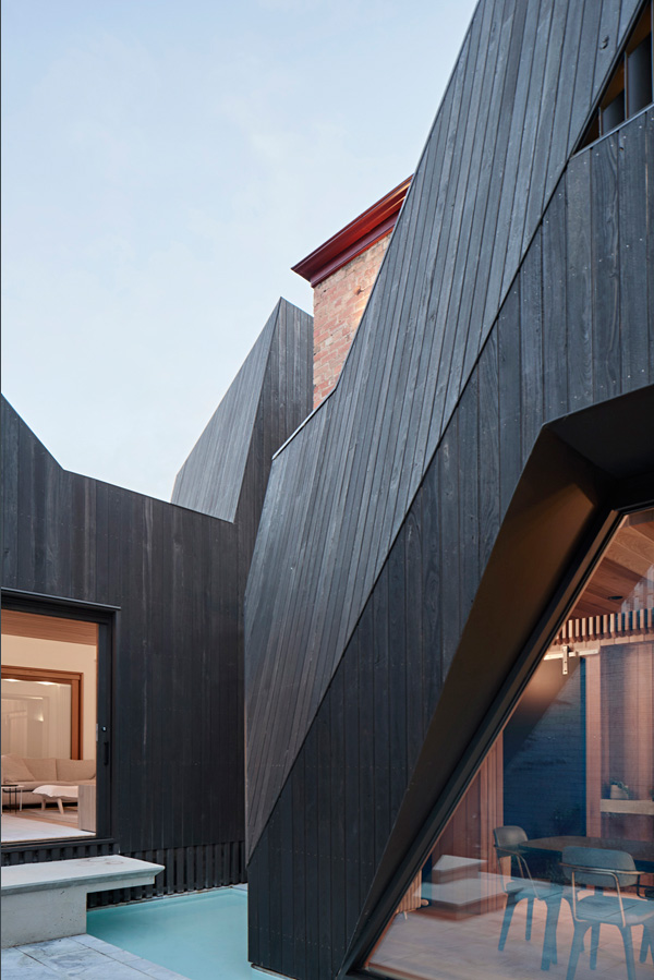 Overend Constructions, Hatherlie, exterior view to interiors, Andrew Simpson Architects