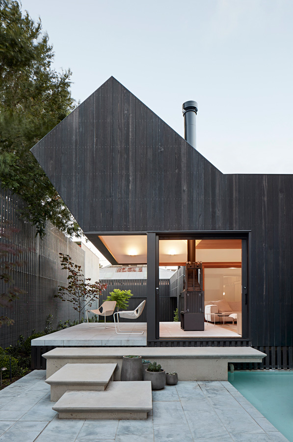 Overend Constructions, Hatherlie, exterior view to lounge, pool, fireplace, glass doors, inside-outside, Andrew Simpson Architects