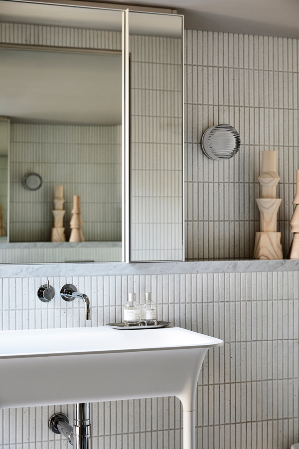 Caroline House, Kennedy Nolan Architects, Overend Constructions, bathroom detail, tiles, basin, architectural, design, joinery