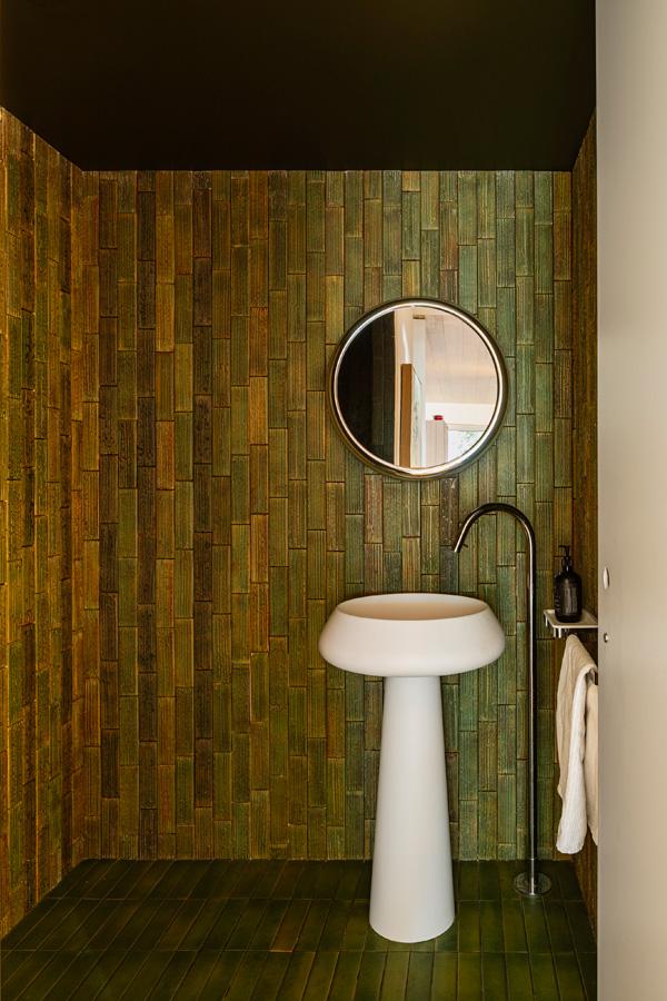 Kew Residence, John Wardle, Overend Constructions, powder room, handmade Japanese tiles, architectural, design, joinery
