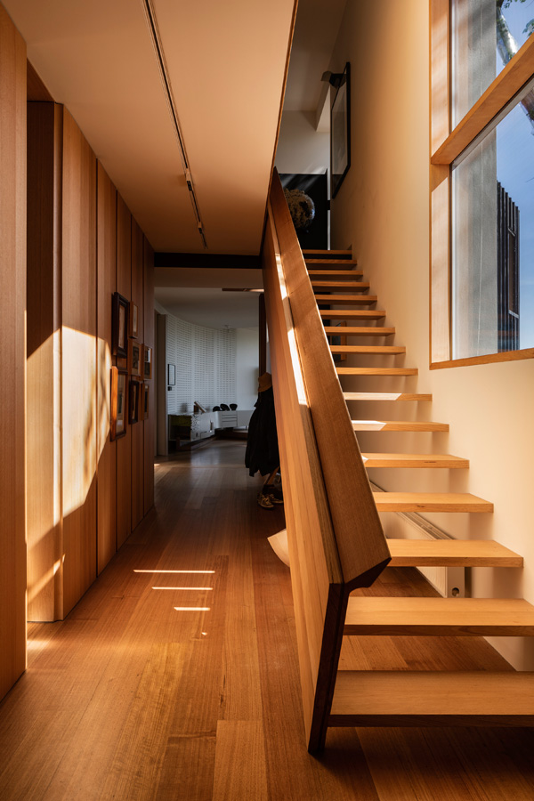 Kew Residence, John Wardle, Overend Constructions, bespoke, timber staircase, architectural, design, joinery