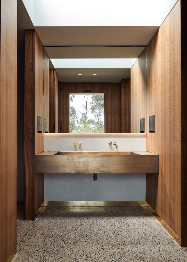 Medhurst Winery Cellar Door, bathroom, timber and brass detail, Overend Constructions, Folk Architects, architectural, design, joinery